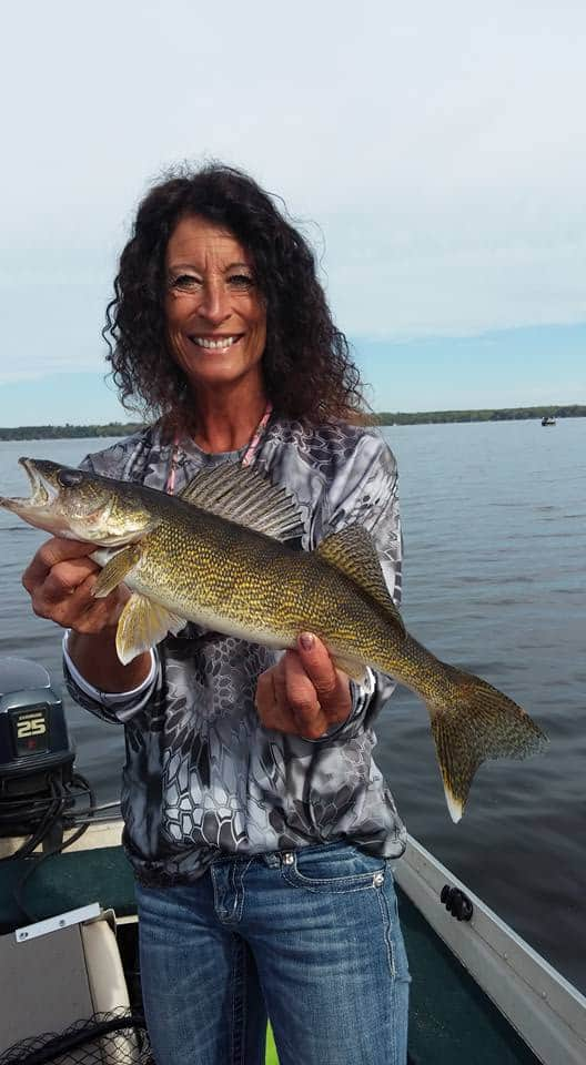 Minnesota walleye and pike fishing